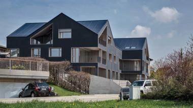 Första flerfamiljshuset som är självförsörjande på el