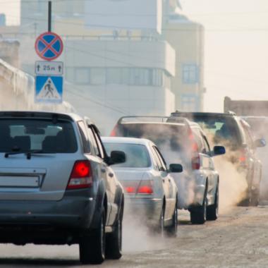 Forskare: trafik och vedeldning största hoten mot stadsluften