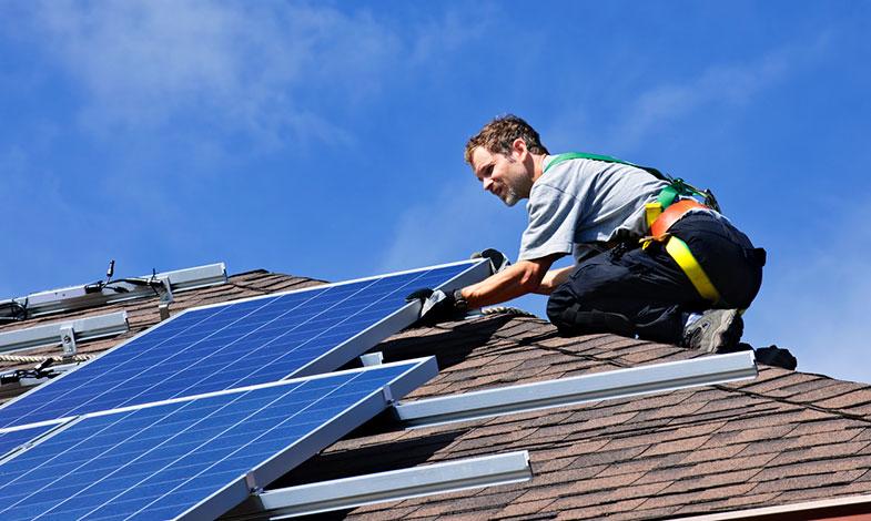 Umeå vill se mer egenproduktion av solel